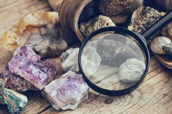 Formation gemmologue, devenir un spécialiste des pierres précieuses